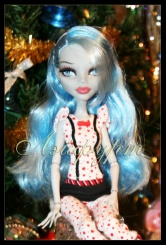 Monster High Ghoulia Yelps Dead Tired (Гулия Смертельно Уставшая)