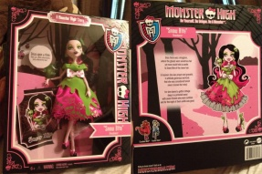MONSTER HIGH DRACULAURA as SNOW BITE (Дракулаура, Белоснежка)