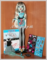 Monster High Frankie Stein (Френки класс рум)