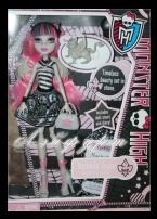 Monster High Rochelle Goly (Рошель Гойл), базовая с питомцем